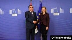 Встреча президента Таджикистана Эмомали Рахмона с верховным представителем ЕС по иностранным делам и политике безопасности Федерикой Могерини.