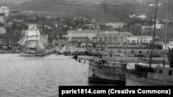 გემები იალტიდან ევაკუაციის დროს 1920 წ. ნოემბერში. ევაკუაციის ბრძანება 1920 წ. 13 ნოემბერს გაიცა. (ფოტო: paris1814.com)