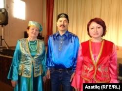 Әлфия Рәҗапова (с), Илгизәр Шакиров, Флүрә Камальдинова