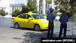 Döwlet taksiçileriniň gündelik plan borçnamasy artdyryldy