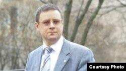 Депутат Законодательного собрания Петербурга Александр Кобринский – сторонник проведения выставки