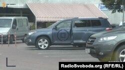 Toyota Highlander на роботу їздить співробітник СБУ Іван Порада