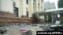 Російське посольство після мітингу 14 червня