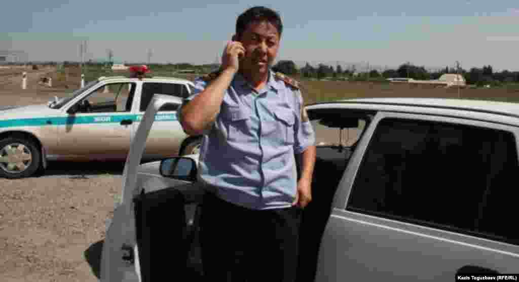 Полковник Талгат Базиев, начальник управления административной полиции департамента внутренних дел (ДВД) Алматинской области. Шенгельды, 21 августа 2013 года.