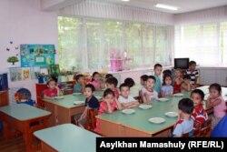 В детском садике «Ер-Тостик». Алматы, 11 июня 2013 года.