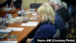 Российская певица Алена Свиридова на заседании Общественного совета по строительству Керченского моста, Керчь