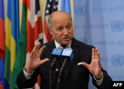 Министр иностранных дел Франции Лоран Фабиус требует от Вашингтона разъяснений