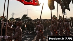 Members of Iran's Islamic Revolutionary Guards Corps (file photo)