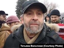 Борис Вишневский на митинге против передачи собора РПЦ