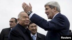 Jon Kerri we Yslam Karimow. Samarkand