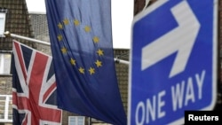 Zastava Velike Britanije i Evropske unije