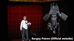 Scenă din spectacolul Hamlet/Collage, București, 20 octombrie 2017.