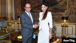 Azərbaycanın birinci ledisi Mehriban Əliyeva Fransa prezidenti François Hollande la Yelisey sarayında görüşüb