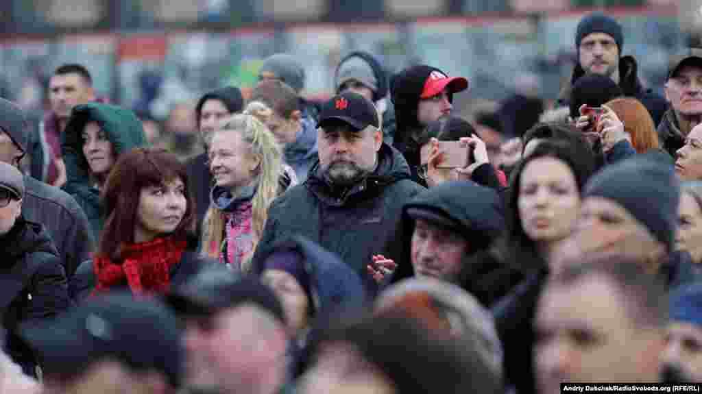 Серед присутніх на марафоні – волонтери і ветерани бойових дій на Донбасі