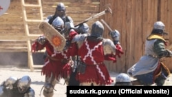 17-й рыцарский фестиваль «Генуэзский шлем» вСудаке, архивное фото