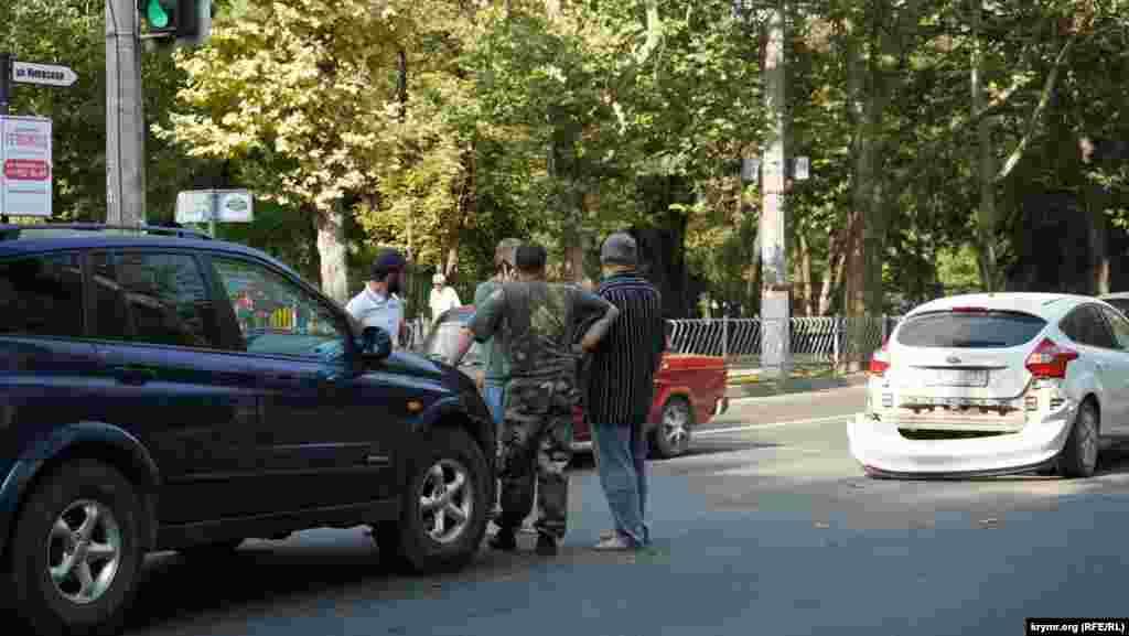 Невелика аварія на вулиці Київській поблизу Дитячого парку