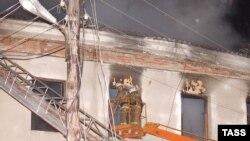 Более тридцати стариков сгорели заживо или задохнулись в дыму при пожаре в доме престарелых