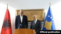 Kryeministri i Kosovës, Isa Mustafa dhe ai i Shqipërisë, Edi Rama