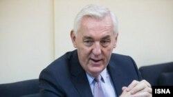 پال فلی (Paul Foley) سفیر استرالیا در تهران.