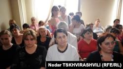 Когда-то больница №8 считалась одной из лучших в Тбилиси, сегодня же нас там встретила унылая картина