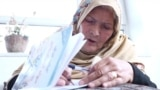 Shafiqa Mosawi, 63 year old from Afganistan is learning to read and write