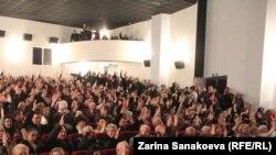 Активисты партии «Ныхас» переизбрали старого лидера на новый срок, согласовали дальнейший курс и мирно разошлись по домам