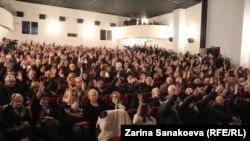 Кандидатура Сергея Харебова может стать безальтернативной. Парламентское большинство, а также партии меньшинства не намерены выдвигать собственных претендентов на «место Тасоева»
