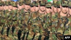 Vojska Hrvatske na paradi u Karlovcu 2009.