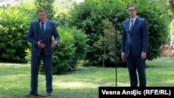Pomešane poruke Vučića i Dodika o BiH