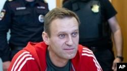 Din închisoare, Aleksei Navalnîi spune că rezultatul alegerilor din Rusia a fost pur şi simplu furat.