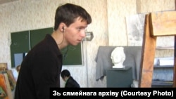 Смерть после похищения: белорус Роман Бондаренко в разные годы (фотогалерея)