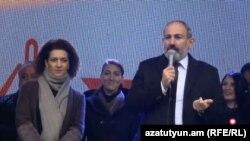 И. о. премьер-министра Армении, лидер блока «Мой шаг» Никол Пашинян в Раздане, 30 ноябр я2018 г.