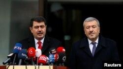 Uhapšeni priznao zločin: Guverner Istanbula Vasip Sahinsa šefom policije Mustafom Caliskanom na konferenciji za medije