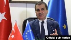 Министр по делам Европейского союза в правительстве Турции Омер Челик.