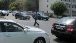 Aşgabatda 'marşirowkalar' bilen baglanyşykly onlarça köçe ýapyldy