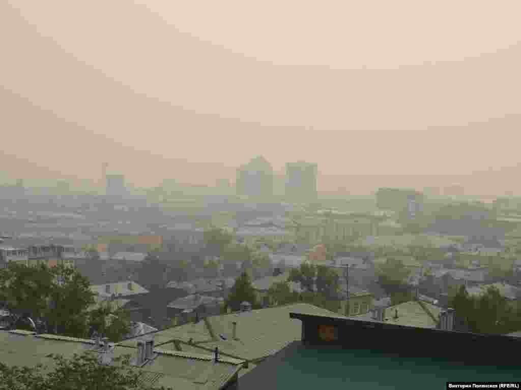 За дымом не видно горизонта
