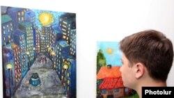 Բերձորի արվեստի եւ սպորտի դպրոցի սաների ցուցահանդեսում: