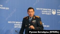 Министр внутренних дел Калмуханбет Касымов.