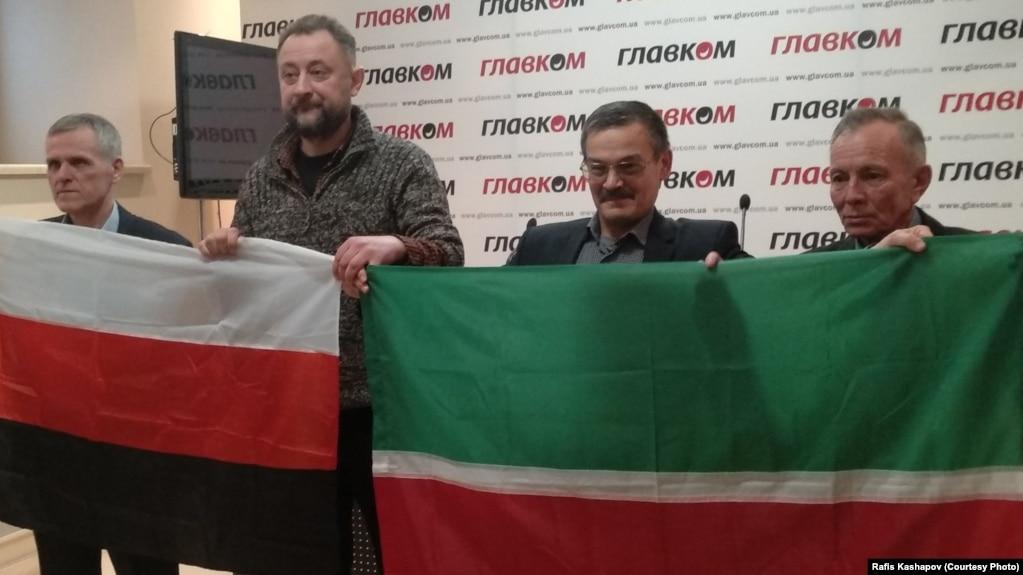 """""""Ирекле Идел-Урал"""" хәрәкәте җитәкчеләре"""