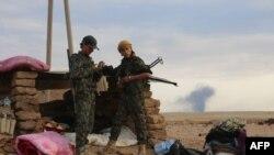 شبه نظامیان وابسته به «نیروهای دمکراتیک سوریه» (عکس آرشیو)