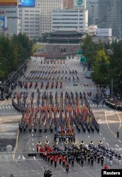 Военный парад в Сеуле
