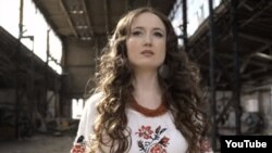Linà, співачка з української діаспори Німеччини