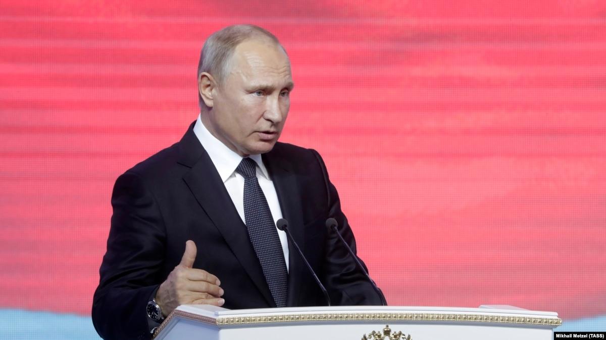 Украина и еще три страны продлили санкции против России