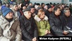 Участники акции протеста. Село Мин-Куш, 6 декабря 2017 года.