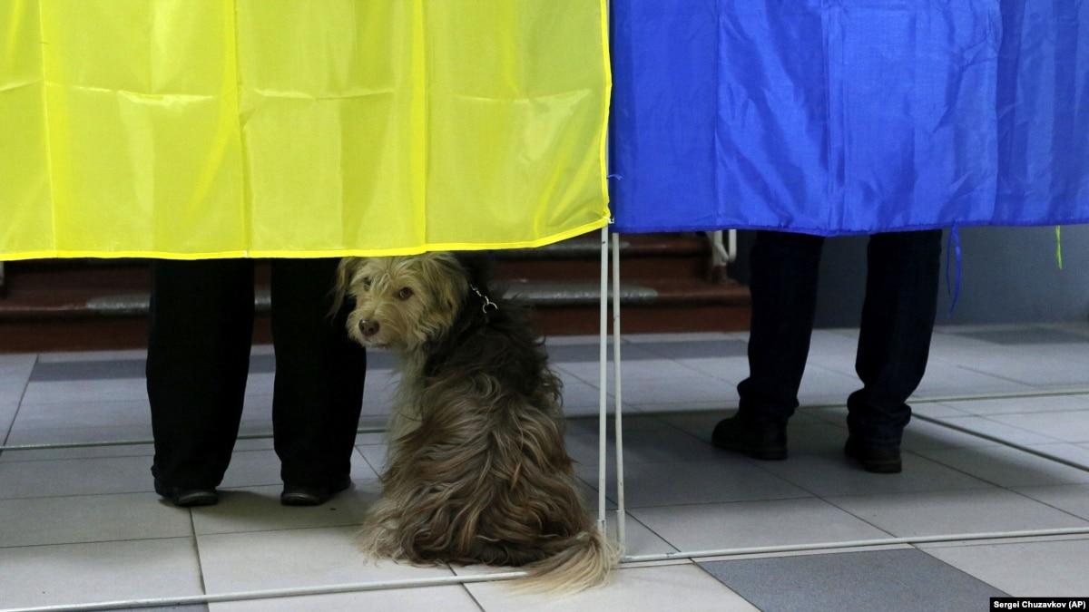 Кремль может повлиять на часть избирателей Украины (обзор прессы)