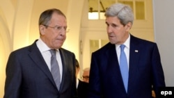 Russian Foreign Minister Sergei lavrov (left) and U.S. Secretary of State John Kerry (file photo)