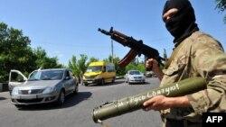 Блокпост сепаратистов на въезде в Краматорск
