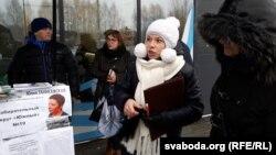 Кандыдат у дэпутаты гарсавету, шматдзетная маці Юля Ганісеўская