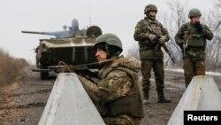 Ուկրաինայի ԶՈւ զինծառայողները երկրի արևելքում, արխիվ