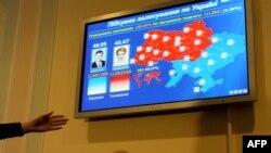 Оппоненты Виктора Януковича не согласны с его победой вторые выборы подряд.